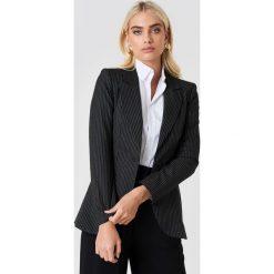 Trendyol Marynarka oversize w paski - Black. Czarne paski damskie marki Trendyol, w paski. Za 283,95 zł.