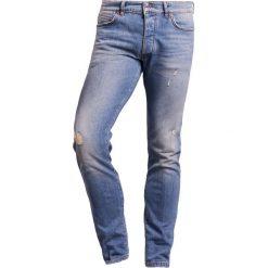 DRYKORN JAZ Jeansy Slim Fit blue. Niebieskie jeansy męskie relaxed fit marki DRYKORN. W wyprzedaży za 440,30 zł.