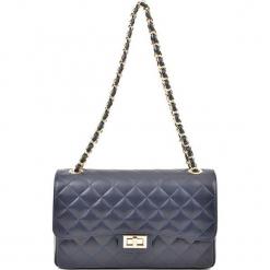 Skórzana torebka w kolorze niebieskim - (S)27,5 x (W)18 x (G)9 cm. Niebieskie torebki klasyczne damskie Akcesoria na sylwestrową noc, z materiału, pikowane. W wyprzedaży za 279,95 zł.