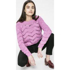 Vero Moda - Sweter Selma. Różowe swetry klasyczne damskie Vero Moda, l, z bawełny. W wyprzedaży za 59,90 zł.