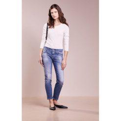 CLOSED BAKER Jeansy Slim Fit slightly used. Niebieskie jeansy damskie CLOSED, z bawełny. Za 1049,00 zł.