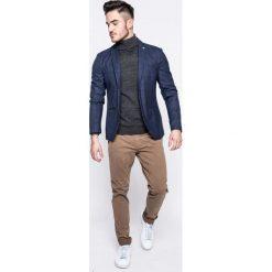 Blend - Spodnie. Szare rurki męskie Blend, z bawełny. W wyprzedaży za 119,90 zł.