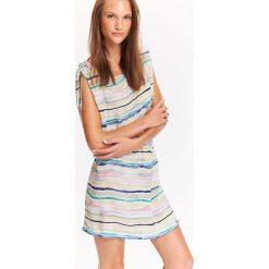 SUKIENKA DAMSKA DŁUGA, W MODNY DRUK, Z OZDOBNYMI WIĄZANIAMI NA RAMIONACH. Szare długie sukienki marki Top Secret, na lato, w kolorowe wzory, z długim rękawem. Za 69,99 zł.