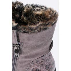 Tamaris - Botki. Szare buty zimowe damskie Tamaris, z materiału, z okrągłym noskiem. W wyprzedaży za 99,90 zł.