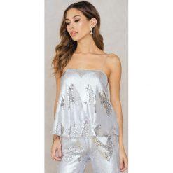 T-shirty damskie: NA-KD Party Cekinowa koszulka na ramiączkach – Silver
