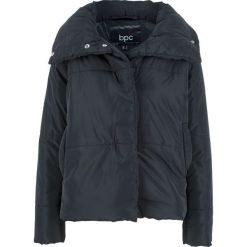 Kurtka ciepło watowana bonprix czarny. Czarne kurtki damskie marki bonprix. Za 129,99 zł.