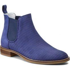 Sztyblety GINO ROSSI - Nevia DSG928-Q20-KP00-5700-0  59. Fioletowe buty zimowe damskie marki Gino Rossi, z nubiku, na obcasie. W wyprzedaży za 279,00 zł.