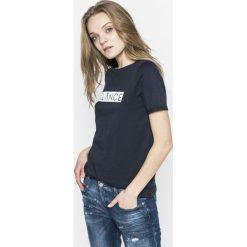 Topy damskie: Vero Moda – Top Balance