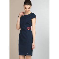 Sukienki: Sukienka z marynarskim motywem