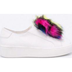 Steve Madden - Buty Breeze. Szare buty sportowe damskie marki Steve Madden, z materiału. W wyprzedaży za 219,90 zł.