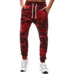 Joggery męskie: Spodnie męskie joggery camo czerwone (ux1145)