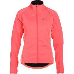 Gore Wear PHANTOM ZIPOF Kurtka Softshell lumi orange/coral glow. Czerwone kurtki damskie softshell Gore Wear, z materiału, wspinaczkowe. W wyprzedaży za 639,20 zł.