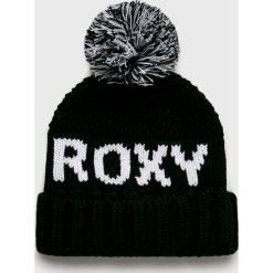 Roxy - Czapka. Czarne czapki zimowe damskie Roxy, na zimę, z nadrukiem, z dzianiny. Za 149,90 zł.