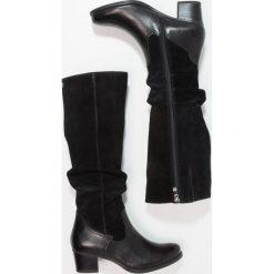Caprice Kozaki black. Czarne buty zimowe damskie Caprice, z materiału. W wyprzedaży za 350,35 zł.