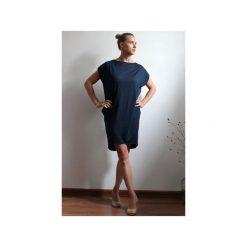 Sukienka oversize z kieszeniami. Niebieskie sukienki letnie Szarymary, l, z krótkim rękawem, mini, oversize. Za 119,00 zł.