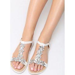 Białe Sandały Queens Tears. Białe sandały damskie marki vices. Za 79,99 zł.
