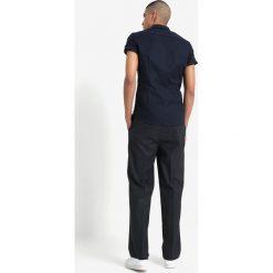 Topman PAPI WIDE LEG JOGGER Spodnie materiałowe bluegrey. Niebieskie joggery męskie Topman, z materiału. Za 199,00 zł.