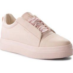 Sneakersy GANT - Amanda 16538438 Silver Pink G584. Czerwone sneakersy damskie marki GANT, z materiału. W wyprzedaży za 269,00 zł.