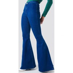 Spodnie z wysokim stanem: Trendyol Jeansy dzwony - Blue