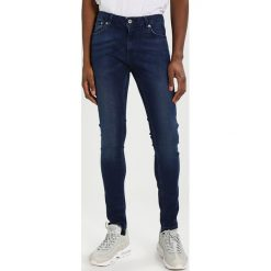 Topman COLE SPRAY ON Jeans Skinny Fit blue. Niebieskie rurki męskie Topman. Za 229,00 zł.