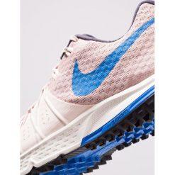 Nike Performance AIR ZOOM WILDHORSE 4 Obuwie do biegania Szlak particle beige/guava ice/summit white/signal blue. Brązowe buty do biegania damskie marki N/A, w kolorowe wzory. Za 499,00 zł.