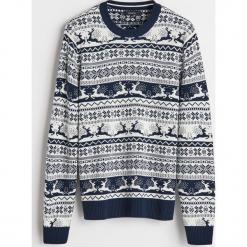 Sweter z motywem zimowym - Granatowy. Białe swetry klasyczne męskie marki Reserved, l. Za 99,99 zł.