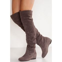 Anna Field Kozaki na koturnie dark grey. Brązowe buty zimowe damskie marki Anna Field. W wyprzedaży za 167,20 zł.