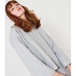 Simple - Bluza. Szare bluzy z kieszeniami damskie Simple, z dzianiny, bez kaptura. W wyprzedaży za 299,90 zł.