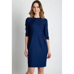 Sukienki: Granatowa dopasowana sukienka  BIALCON