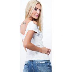 Bluzka z mieniącymi aplikacjami kremowa ZZ1051. Białe bluzki z odkrytymi ramionami Fasardi, l, z aplikacjami. Za 47,20 zł.