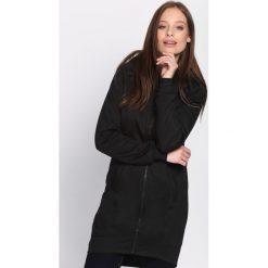 Czarna Bluza At The Outset. Czarne bluzy rozpinane damskie marki Born2be, l, z dresówki, z długim rękawem, długie. Za 69,99 zł.