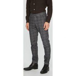 Jack & Jones - Spodnie. Czarne rurki męskie Jack & Jones, z bawełny. W wyprzedaży za 199,90 zł.