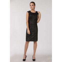 Sukienki: Wieczorowa sukienka z połyskiem