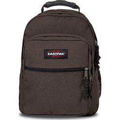 """Plecak """"Egghead"""" w kolorze brązowym - 30 x 42 x 30 cm. Brązowe plecaki męskie Eastpak, w paski, z materiału. W wyprzedaży za 217,95 zł."""