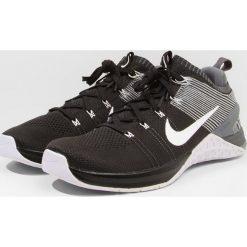 Nike Performance METCON DSX FLYKNIT 2 Obuwie treningowe black/white/dark grey/wolf grey. Czarne buty sportowe męskie Nike Performance, z materiału. Za 629,00 zł.