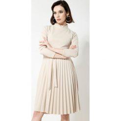 Beżowa Sukienka For You. Brązowe sukienki marki other, uniwersalny, midi. Za 89,99 zł.