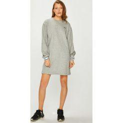 Levi's - Sukienka. Brązowe długie sukienki Levi's®, na co dzień, l, z bawełny, casualowe, z okrągłym kołnierzem, z długim rękawem, proste. Za 299,90 zł.