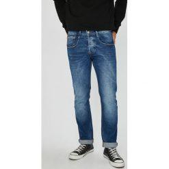 Guess Jeans - Jeansy Vermont. Szare jeansy męskie slim marki Guess Jeans, l, z aplikacjami, z bawełny. Za 399,90 zł.