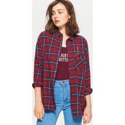 Koszula w kratę - Bordowy. Czerwone koszule wiązane damskie Cropp, l. W wyprzedaży za 29,99 zł.