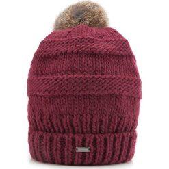 Czapka damska 87-HF-200-2. Czerwone czapki zimowe damskie Wittchen, z dzianiny. Za 119,00 zł.