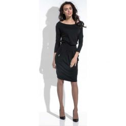 Czarna Sukienka Midi z Zaznaczoną Talią. Czarne sukienki dzianinowe marki Molly.pl, na co dzień, l, z długim rękawem, midi, dopasowane. Za 129,90 zł.