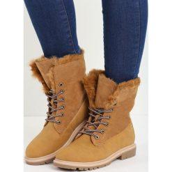 Camelowe Traperki Voguish. Brązowe buty zimowe damskie Born2be, z nubiku, z okrągłym noskiem, na płaskiej podeszwie. Za 64,99 zł.
