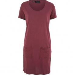 Sukienka shirtowa z naszywanymi kieszeniami bonprix czerwony klonowy. Czerwone sukienki z falbanami marki bonprix. Za 21,99 zł.