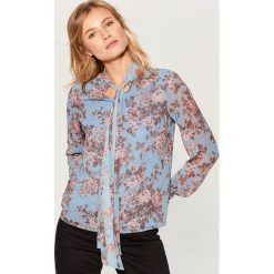 Koszula w kwiaty - Niebieski. Czerwone koszule damskie marki Mohito, z bawełny. Za 99,99 zł.
