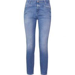 CLOSED SKINNY PUSHER Jeans Skinny Fit light sky. Niebieskie jeansy damskie relaxed fit CLOSED, z bawełny. W wyprzedaży za 486,85 zł.