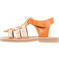 Babywalker Sandały camel. Szare sandały chłopięce marki Babywalker, z materiału, klasyczne. Za 379,00 zł.