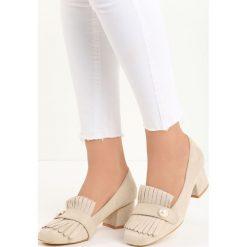 Beżowe Czółenka Silas. Brązowe buty ślubne damskie Born2be, w paski, ze skóry, na niskim obcasie, na słupku. Za 59,99 zł.