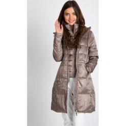 Kurtki damskie: Złota długa kurtka z kapturem QUIOSQUE
