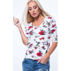 Bluzki damskie: Bluzka w kwiaty z dekoltem na plecach biała 8064
