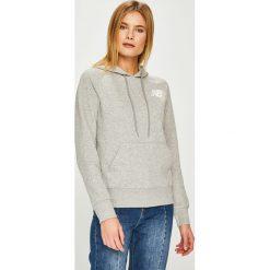 New Balance - Bluza. Szare bluzy z kapturem damskie New Balance, l, z bawełny. W wyprzedaży za 199,90 zł.